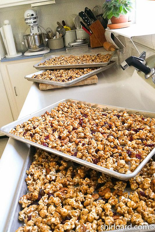 Caramel Popcorn with Cashews & Cranberries